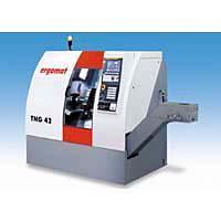 Torno automático universal CNC TNG 42