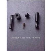 Usinagem de peças em torno revolver