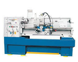 Torno mecanico CNC