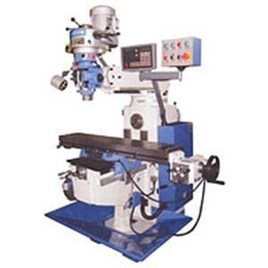 Manutenção corretiva de máquina de usinagem